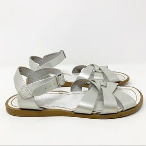 Hoy Saltwater Sandals Metallic Silver Size 5